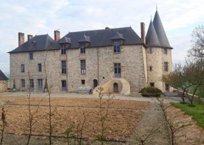 REALISATION FOUR MACONNERIE Manoir du Bertry FACADE AVANT APRES